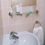 cen_accommodation_vincent_house-bathroom