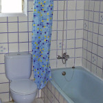 val_accommodation_shared_apartment-bathroom