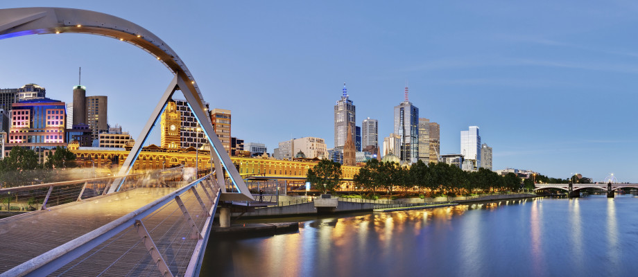 Melbourne <strong><span style=